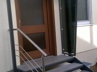 Treppe mit Vordach (BV Leist Berlin) 1